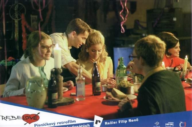 Rebelové (2001)