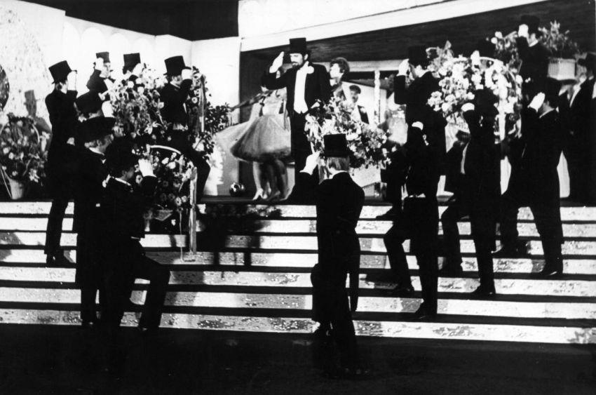 Zpívající film (1972)