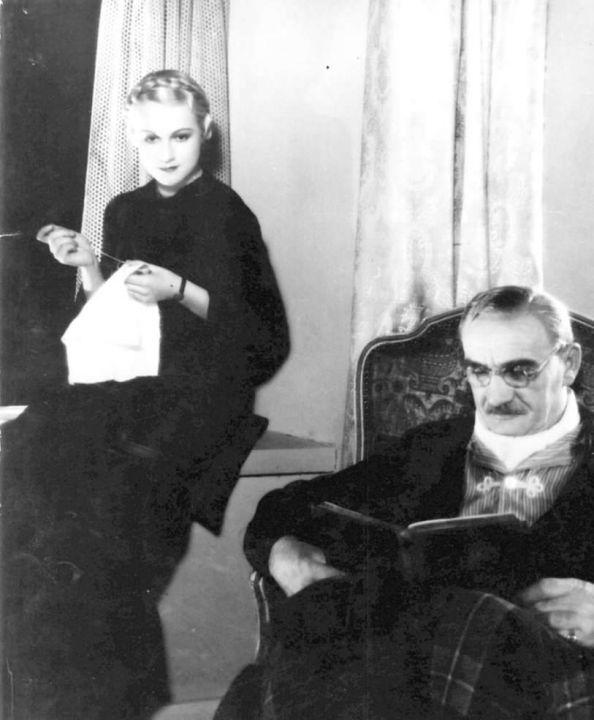 Adina Mandlová, Karel Hašler