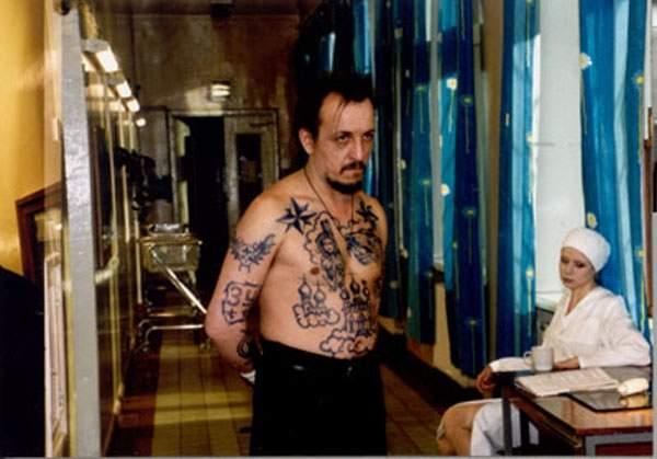Duben (2001)