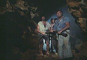 Tajuplný ostrov (1973) [TV seriál]