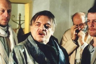 Prekliaty služobník lásky (2000) [TV film]