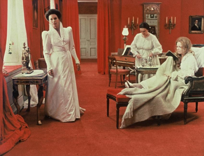 Šepoty a výkřiky (1972)