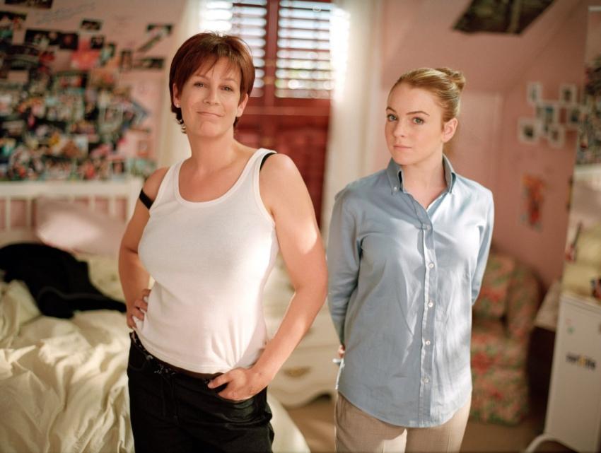 Mezi námi děvčaty (2003)