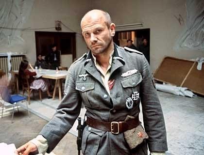 Železný kříž (1976)