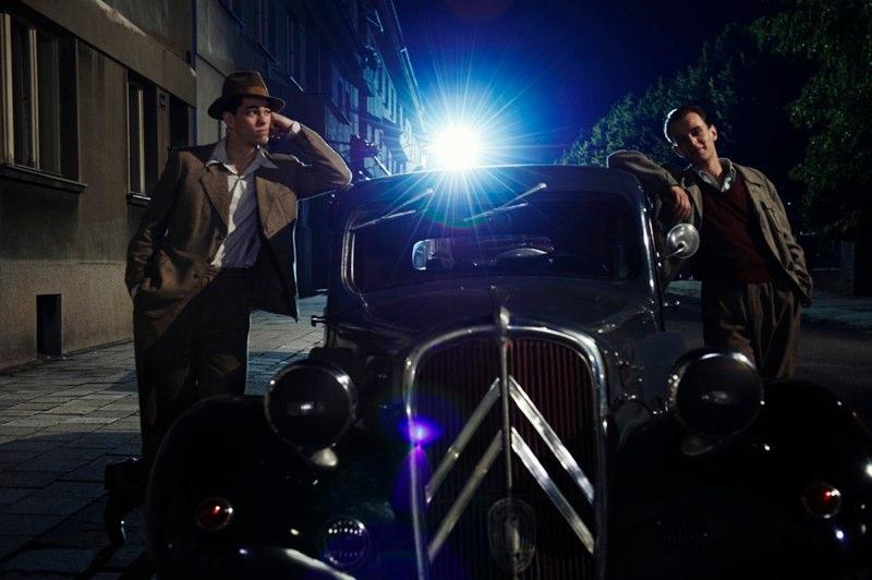 Ondřej Novák, Marek Adamczyk - Karel a Fiala se skvělým autem