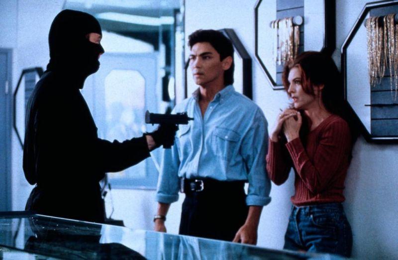 Ohnivý kruh II: Krev a ocel (1993)
