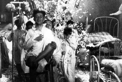Trojka z mravů (1933)