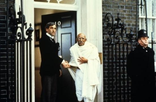 Gándhí (1982)