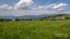 Tradiční pastevecká krajina pod horami