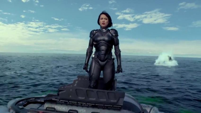 Pacific Rim - Útok na Zemi (2013)