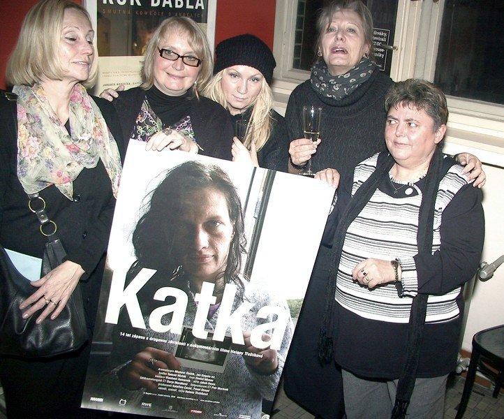křest DVD:  Olga Sommerová,  Kateřina Černá,  Bára Basiková,  Helena Třeštíková a Marcela Haverlandová