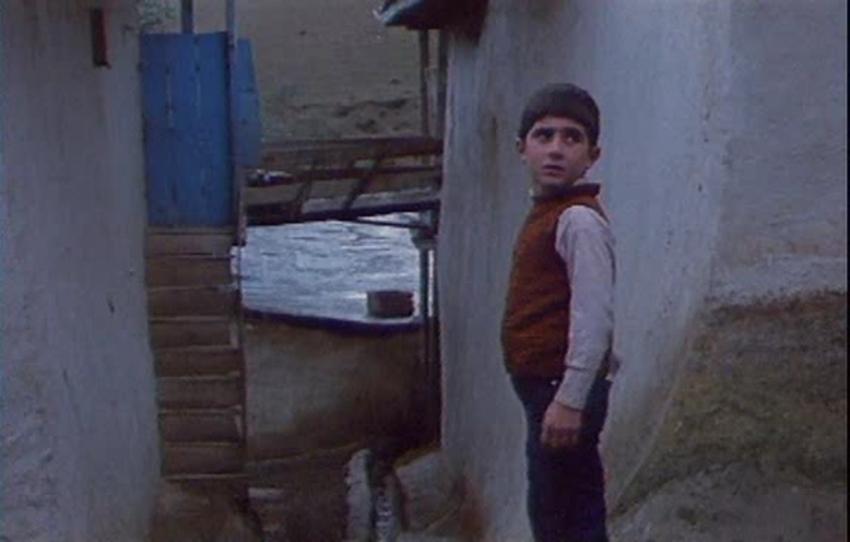 Kde je dům mého přítele? (1987)