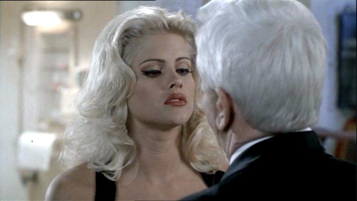 Bláznivá střela 33 1/3: Poslední trapas (1994)