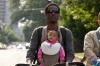 Jak porodit a nezbláznit se (2012)