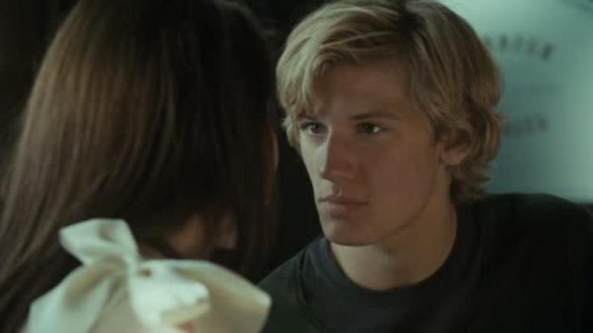 Puberťačka (2008)