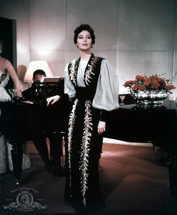 Bosonohá komtesa (1954)