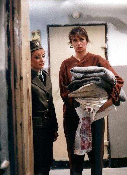 Přítelkyně z domu smutku (1992) [TV minisérie]