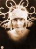 Dáma s černou rukavičkou (1919)