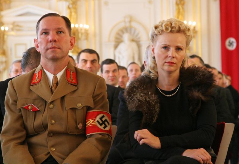 Natáčení na Pražském hradě - Pár z řad nacistické elity