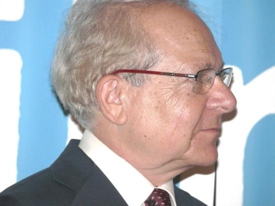 Pocta Petru Weiglovi