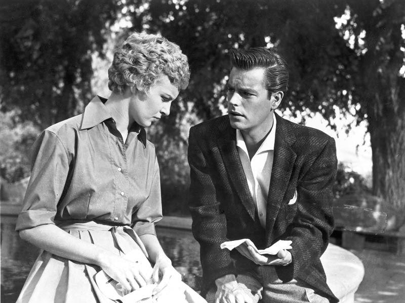 Polibek před smrtí (1956)