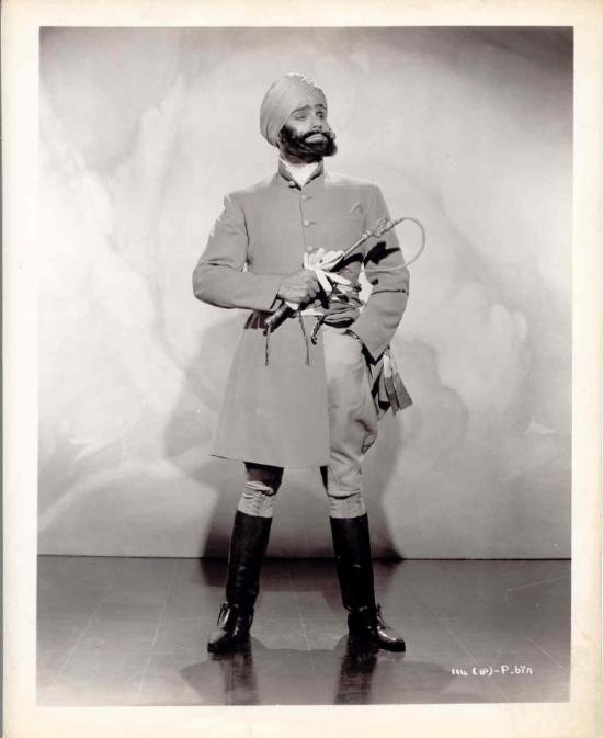 Esmond Knight generál