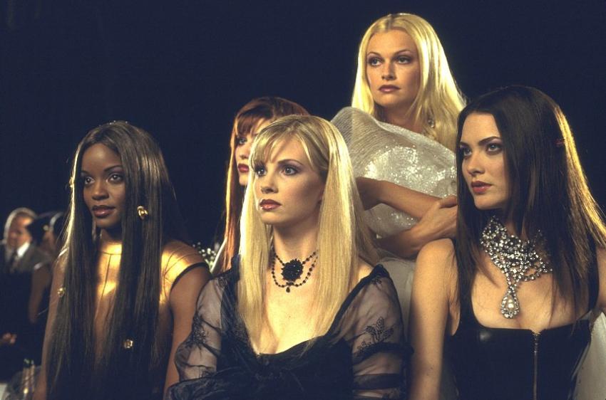 Vzhůru nohama (2001)