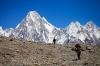 K2 a neviditelní pěšáci (2015)