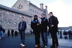 Klikaři (2001)