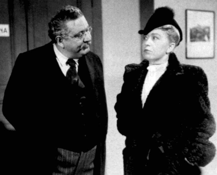 Paní Morálka kráčí městem (1939)