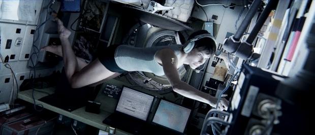 Gravitace (2013)