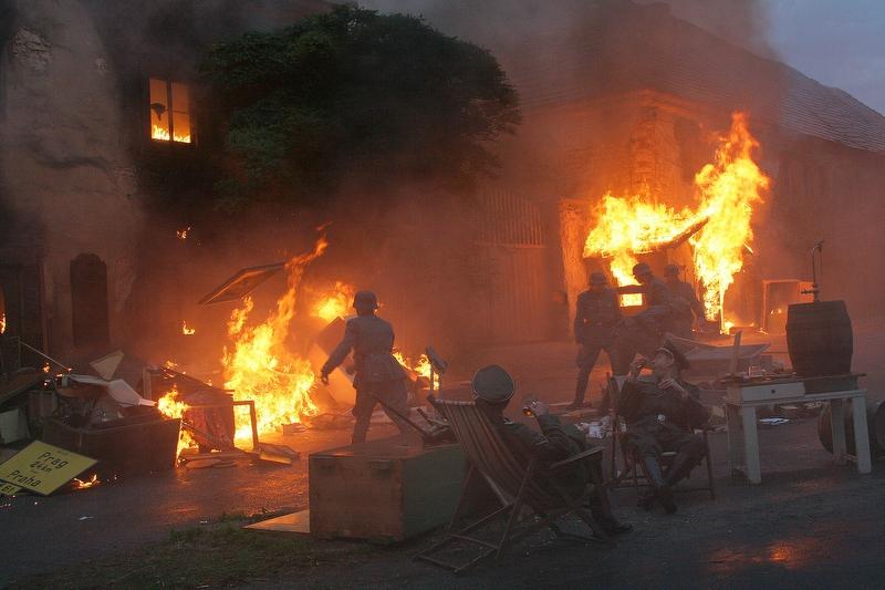 Vypálení Lidic - Lidice v plamenech