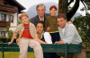 Paradies in den Bergen (2004) [TV film]