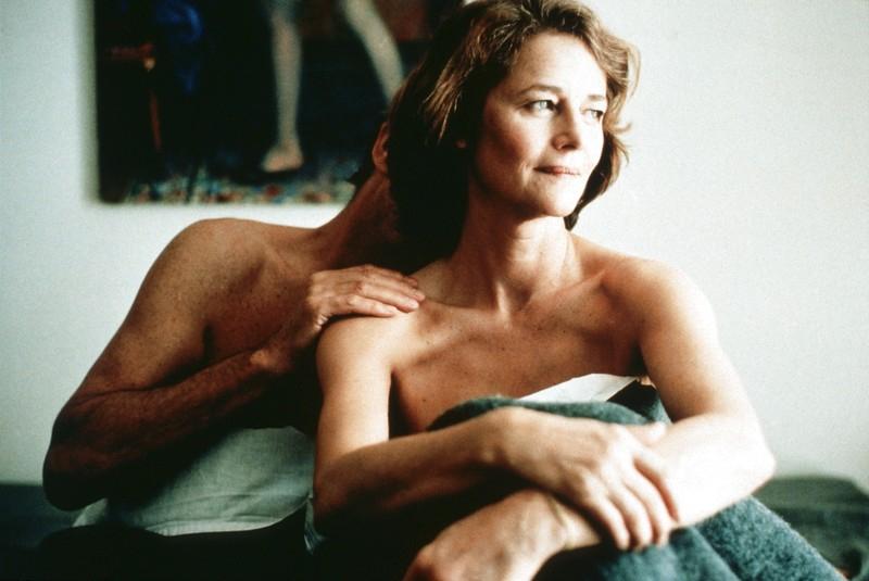 Pod pískem (2000)