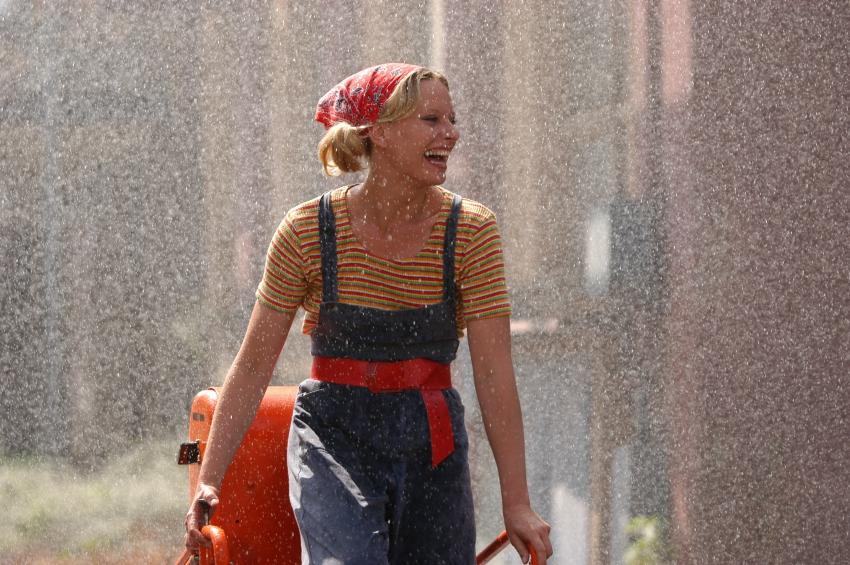 Milenci a vrazi (2004)