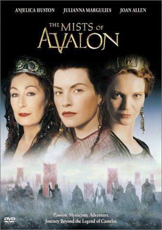 Mlhy Avalonu (2001) [TV film]