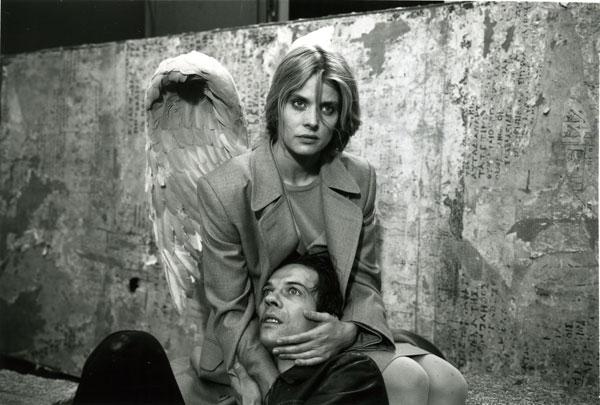 Tak daleko, tak blízko (1993)