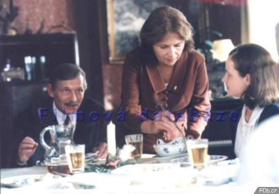 Pelíšky (1999)