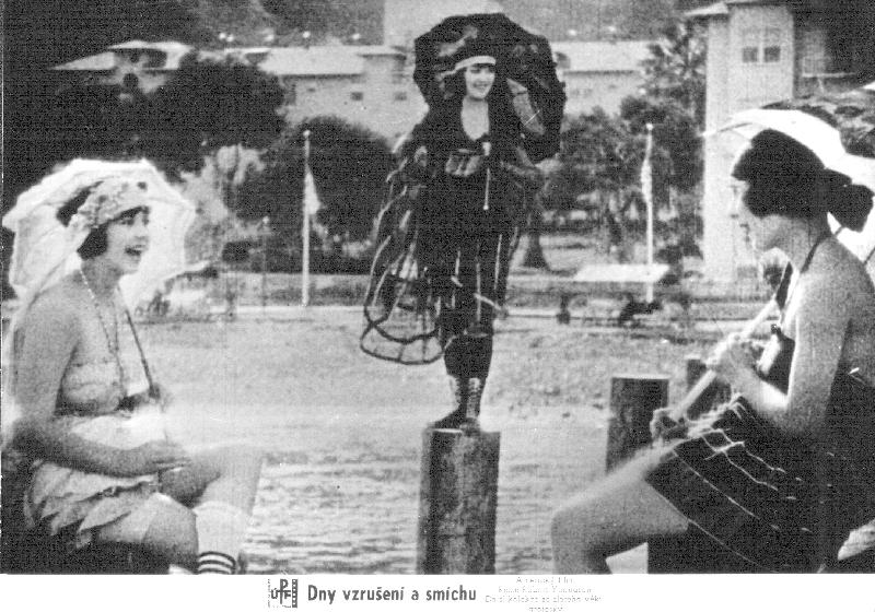 Dny vzrušení a smíchu (1961)