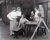"""© Library of Congress - Motion Picture, Broadcasting & Recorded Sound Division; Lois Weber v """"Moguls & Movie Stars: A History of Hollywood"""" - snímek z natáčení filmu"""
