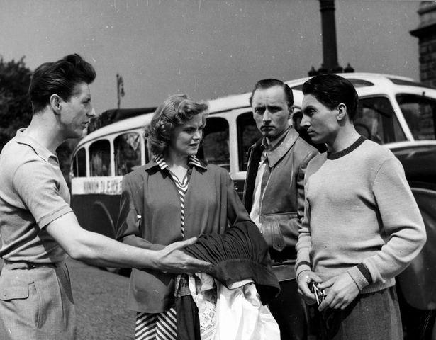 Zítra se bude tančit všude (1952)