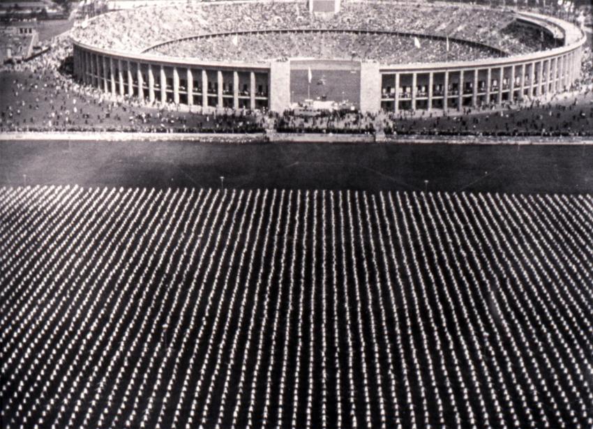 Olympia - Přehlídka národů (1938)