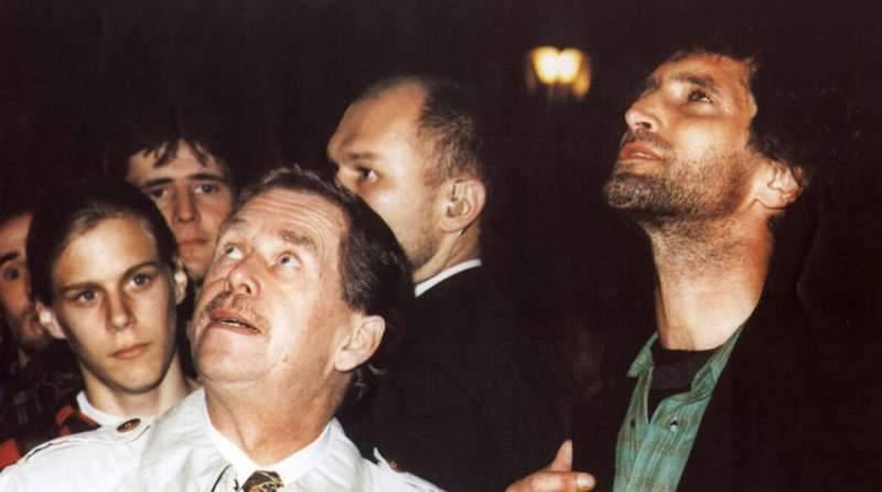 ???, Václav Havel, Tomáš Hanák
