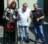 Pavel Lopolo Jirák ve společnosti režiséra Terry Gilliama a Pavla Plcha, River Film Fest, Písek 2009