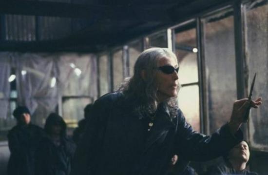 Zkurvená existence (2001)