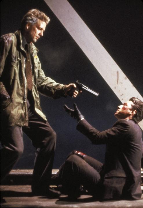 Rok Draka (1985)