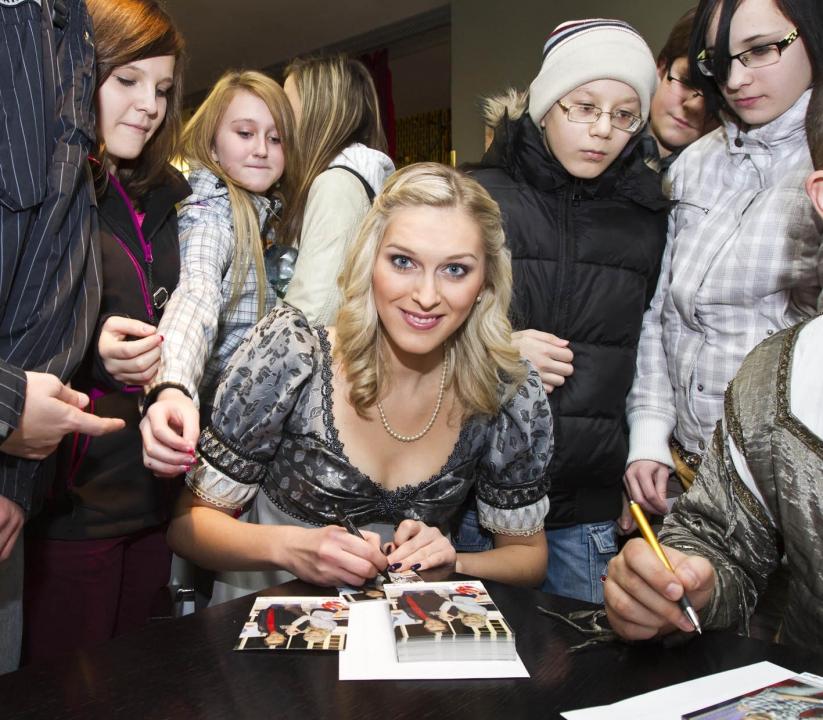 Snídaně s Novou na cestách vysílala z divadelního mola muzikálu Lucrezia Borgia - 9.3.2012