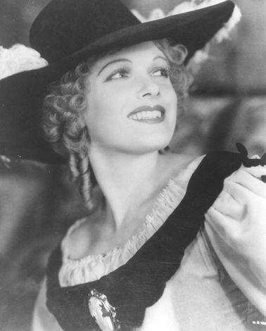 Anna Neagle jako Nell Gwynn