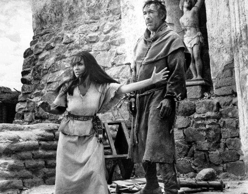 Zbraně pro San Sebastian (1968)